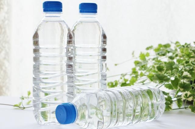 3本のペットボトル