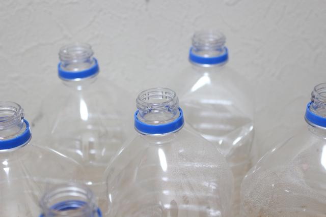 溜まったボトル
