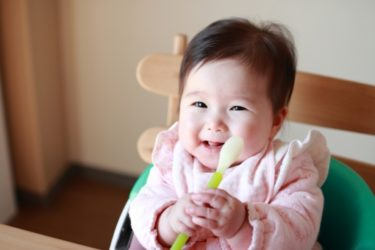 離乳食におすすめの水はコレ!~栄養価の高い水で成長をサポート~